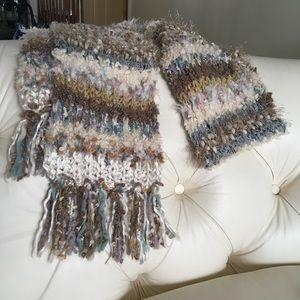 NWOT Steve Madden winter scarf.